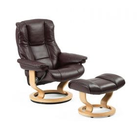 Sessel MAYFAIR Classic mit Hocker Leder Cori amarone Gestell natur Stressless