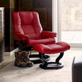 Sessel MAYFAIR Classic mit Hocker Leder Paloma cherry Gestell schwarz Stressless