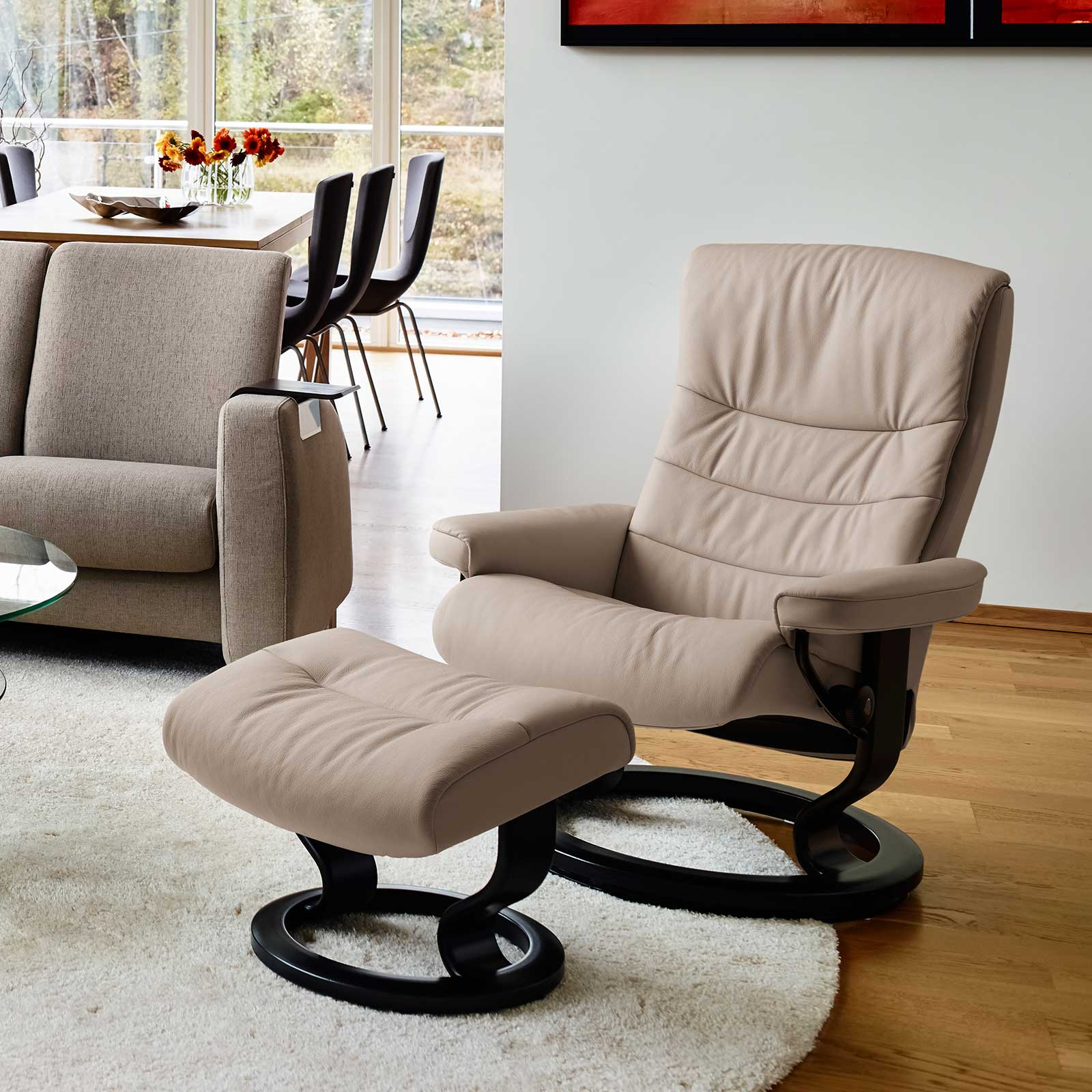 stressless sessel nordic cori beige mit hocker stressless. Black Bedroom Furniture Sets. Home Design Ideas