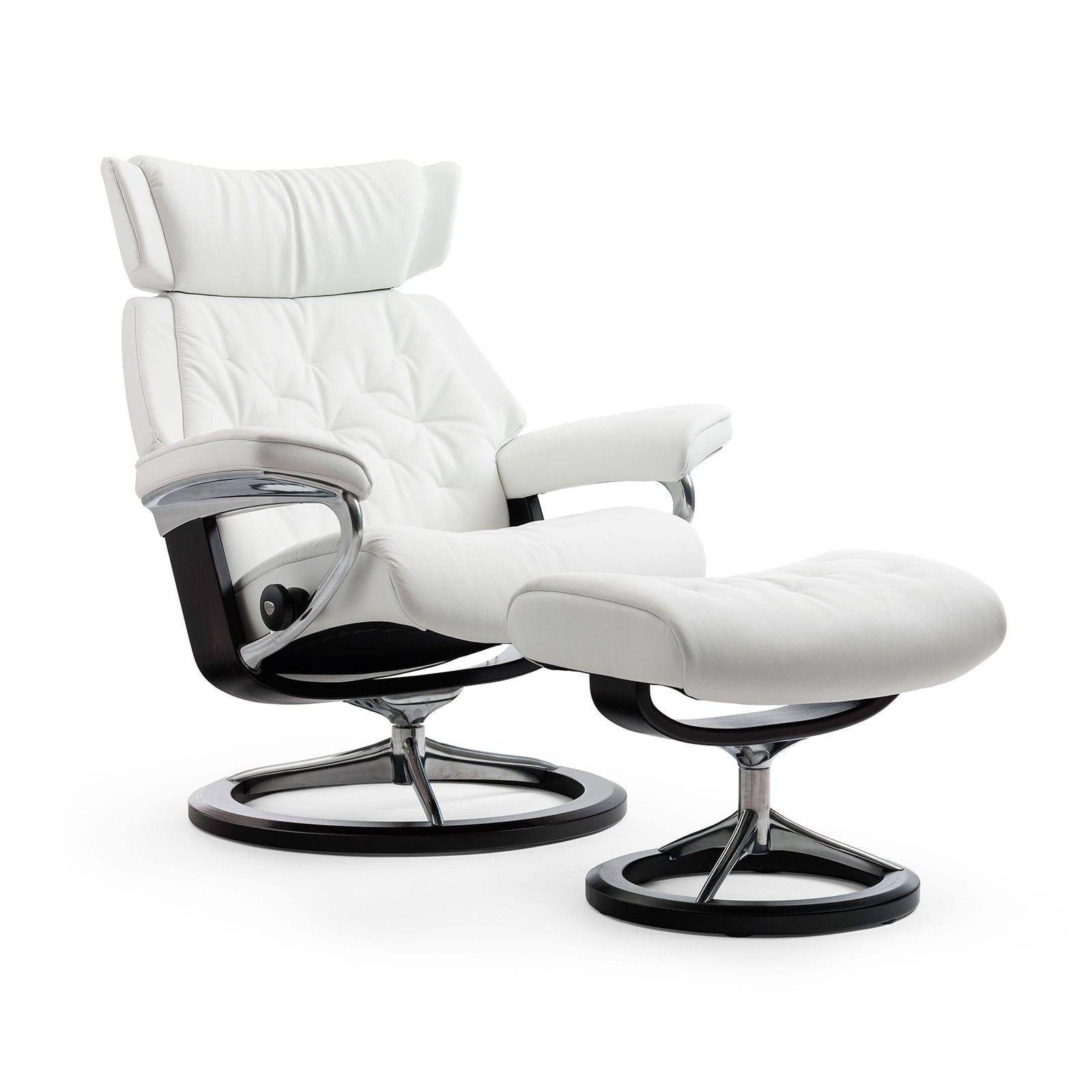 stressless sessel skyline batick snow signature wenge hocker. Black Bedroom Furniture Sets. Home Design Ideas