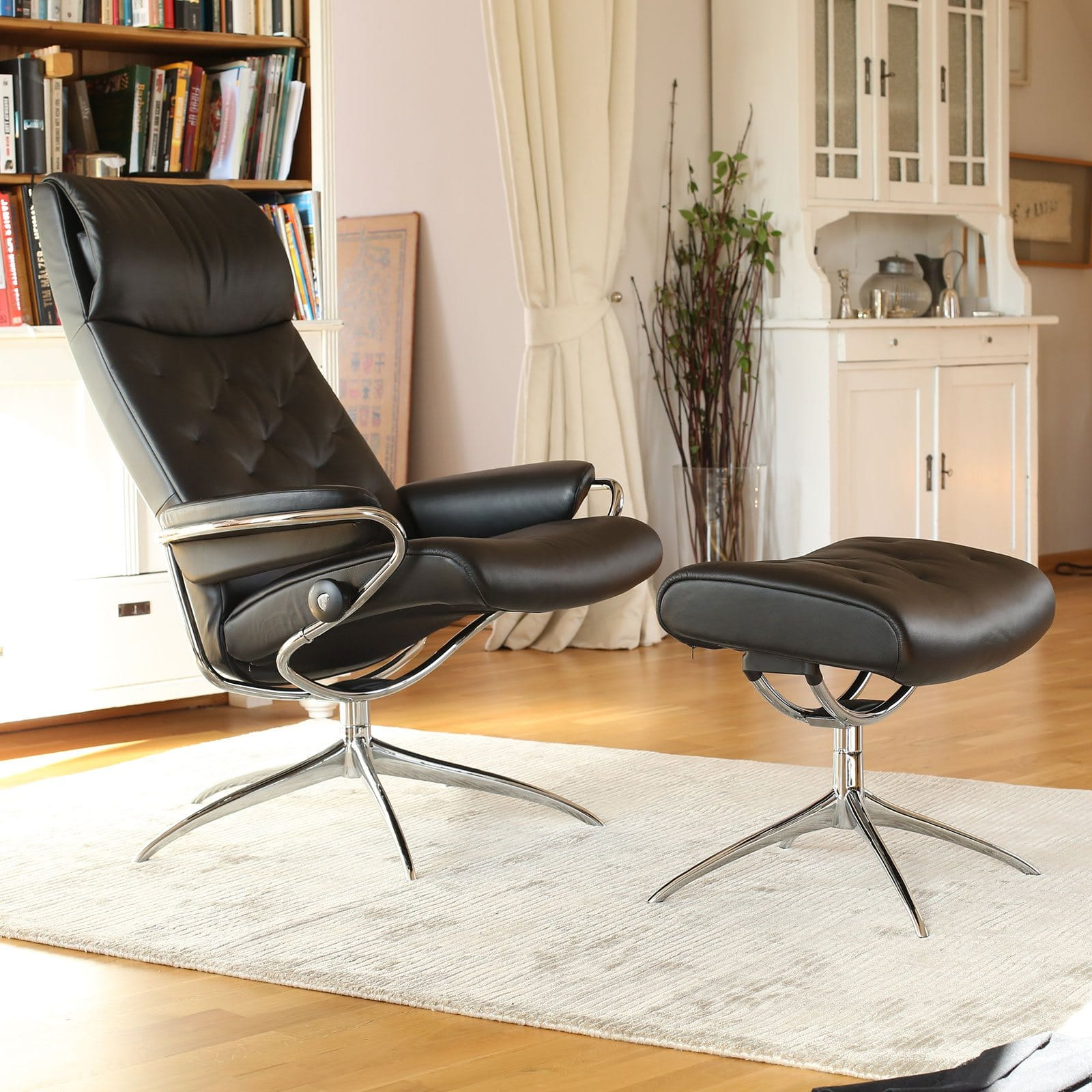 Stressless Sessel Metro High Back Paloma Black Gestell Chrom Hocker