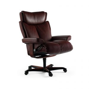 Sessel MAGIC Home Office Leder Batick burgundy Gestell braun mit Rollen Stressless