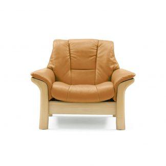 Sofa BUCKINGHAM niedrig Leder Cori tan Gestell natur Stressless