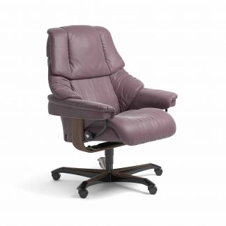 Sessel RENO Home Office Leder Paloma purple plum Gestell walnuss mit Rollen Stressless