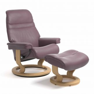 Sessel SUNRISE Classic mit Hocker Leder Paloma purple plum Gestell natur Stressless
