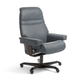 Stressless Sessel SUNRISE mit Lederbezug Batick atlantic blue und Home Office wenge mit Rollen