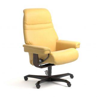 Stressless Sessel SUNRISE mit Lederbezug Batick mimosa und Home Office wenge mit Rollen