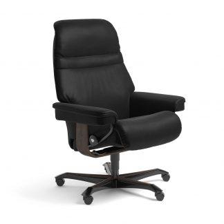 Stressless Sessel SUNRISE mit Lederbezug Batick schwarz und Home Office wenge mit Rollen
