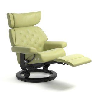 Sessel SKYLINE Classic Legcomfort Leder Paloma amber green Gestell schwarz Stressless